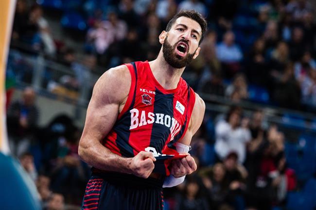 23/10/2017 Tornike Shengelia (Baskonia Vitoria Gasteiz).  El capitán del Baskonia, Tornike Shengelia, ha sido nombrado jugador más valioso de marzo en la Euroliga, después de un mes en el que ha liderado la clasificación del club vasco para el 'playoff' de cuartos de final con un pleno de seis victorias.  DEPORTES ESPAÑA EUROPA ACB PHOTO - I. MARTÍN